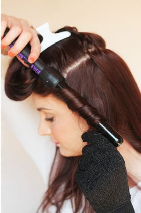 How-To-Use-A-Curling-Wand-2